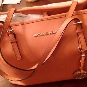 Michael Kors hand bag